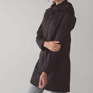 Lululemon Womens Black Rain On Jacket Size 8
